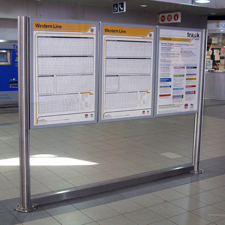 Flat-Timetable-Route-Information-Display-Cases-arrow-alpha-1-RailCorp