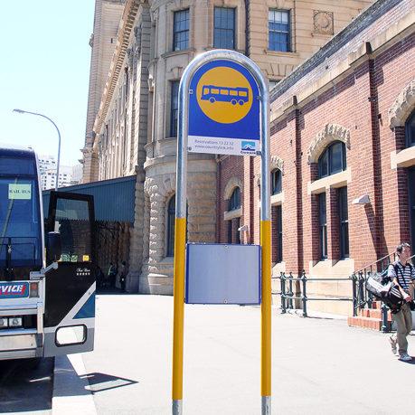U-Pole-Sign-Bus-Tram-Ferry-Stop-Sign-arrow-alpha-1